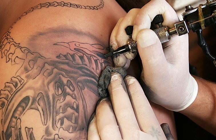 enfermedades x tatuajes