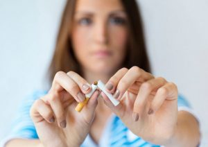 3 consejos para dejar de fumar de forma sana y asequible