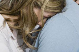 Cómo es una persona emocionalmente dependiente: 5 rasgos claros