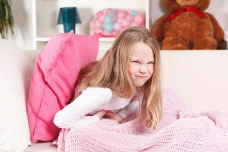 Dolor de barriga en niños pequeños: todo lo que debes saber