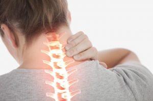 Dolor de cuello: Causas y consejos para evitarlo