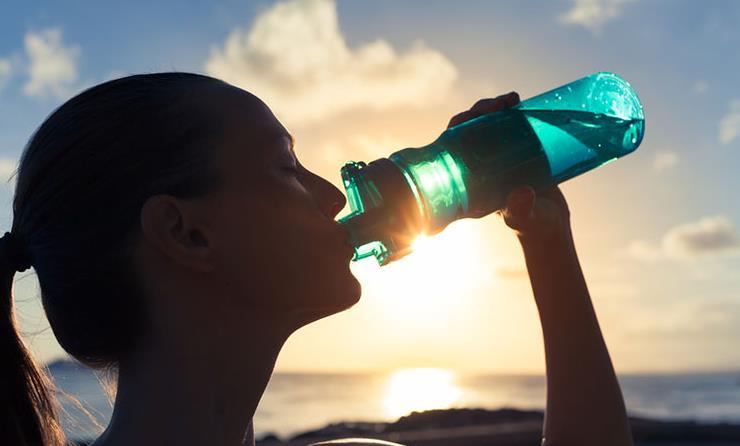 efectos-beber-poca-agua