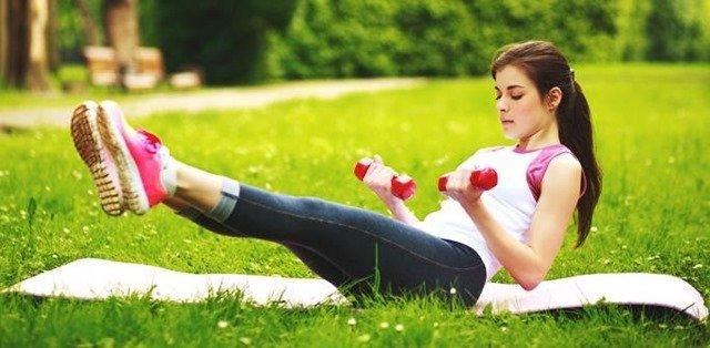 Cómo fortalecer el abdomen con estos 4 ejercicios