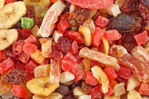 Los beneficios de comer frutas deshidratadas