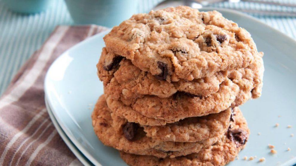 Deliciosas galletas de avena con chocolate