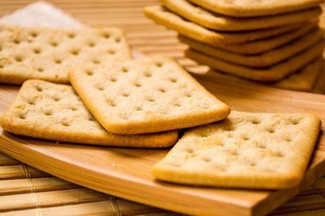 Las galletitas saladas en dietas y cómo hacerlas bajas en calorías