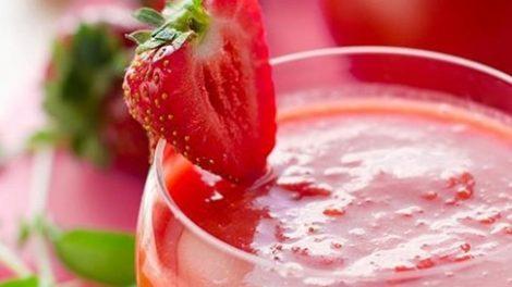 Receta de gazpacho de frutos rojos