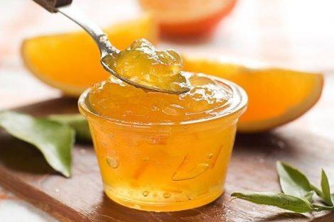 Cómo preparar gelatina vegetal con agar agar y sus beneficios contra el estreñimiento