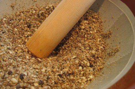 Cómo hacer gomasio o sal de sésamo