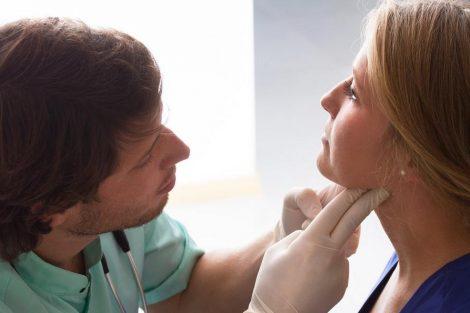 Infección de garganta: síntomas, causas y tratamiento