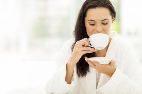 Regular la menstruación con infusiones de salvia y caléndula