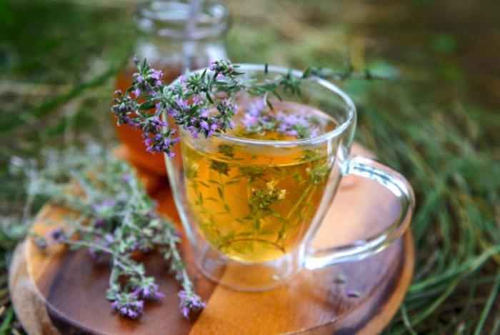 Beneficios de la infusion de tomillo, limon y miel