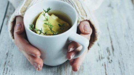 Infusion de tomillo, miel y limon