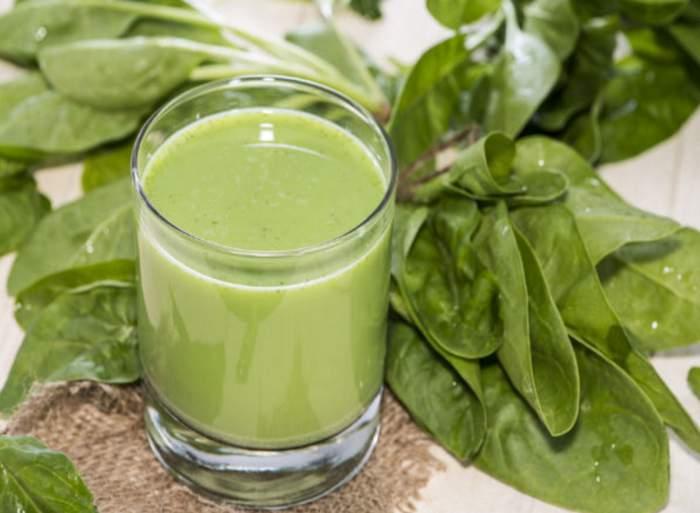jugo-cebollas-espinacas