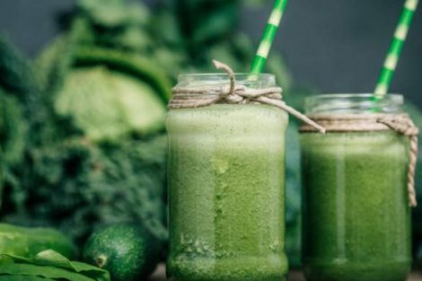 Cómo hacer jugos de hortalizas y verduras bajos en calorías