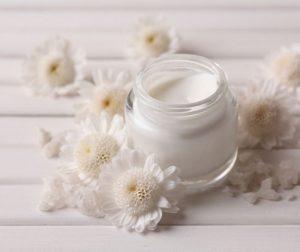 Lanolina para la piel: beneficios y usos para la belleza