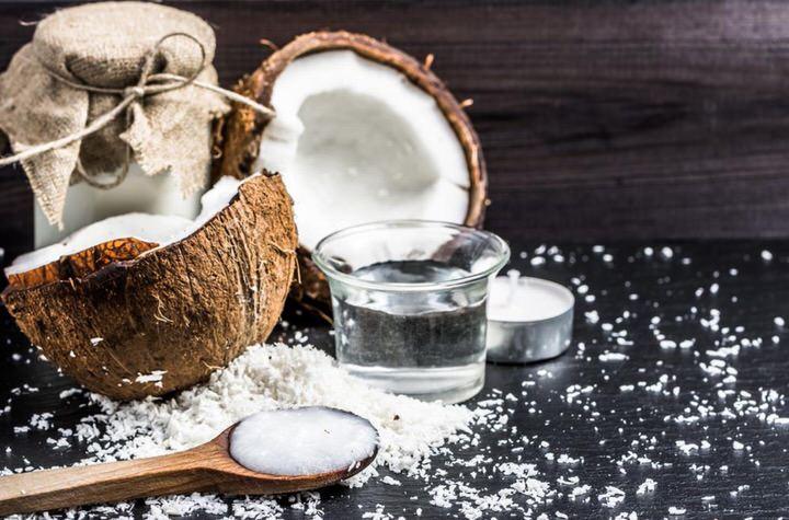 Agua de coco y leche