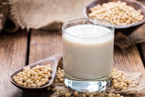 Leche de soja: beneficios, propiedades y receta