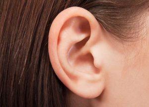 Cómo retirar el exceso de cera de los oídos naturalmente