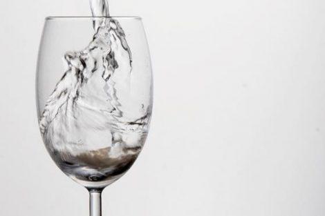 Cómo limpiar las vías urinarias de forma natural