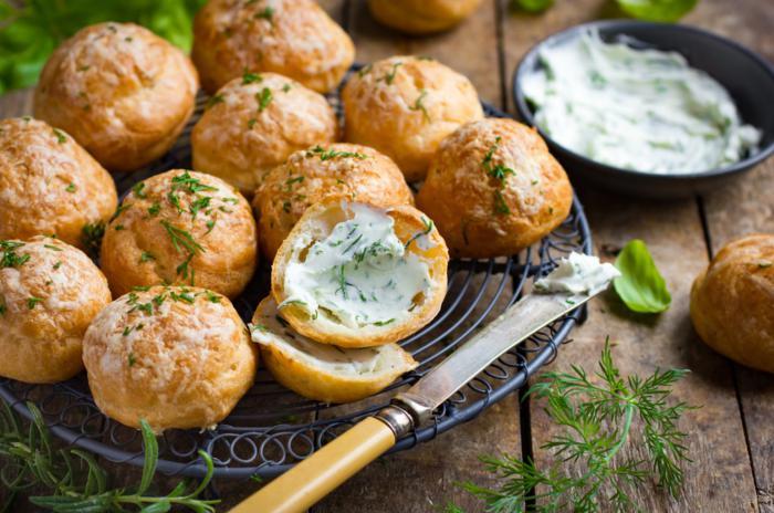Lionesas saladas con queso