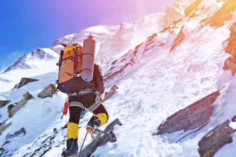 La escaladora vegana que llegó al Everest y sufrió el mal de altura