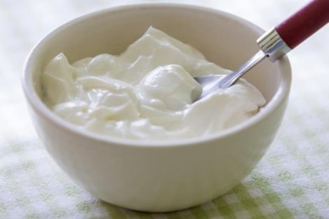 Mascarilla de yogurt para el cabello seco