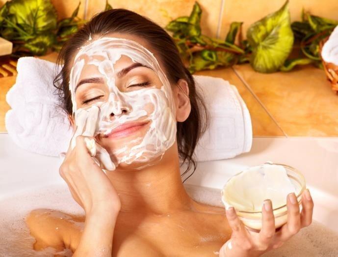 Descubre cómo exfoliar tu piel con estas mascarillas naturales