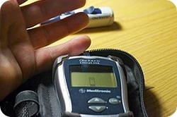Cómo medir el nivel de azúcar en sangre