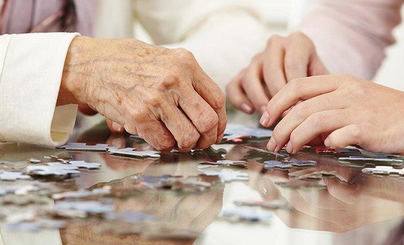 Ancianos: como activar su mente y su memoria