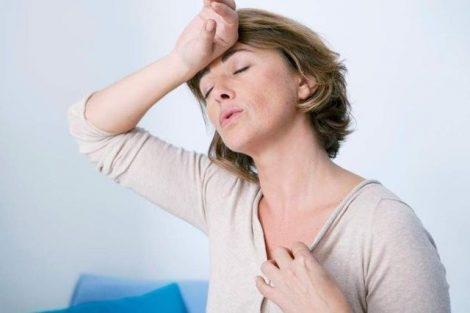Cuando la menopausia aparece antes de tiempo: cómo afrontar sus síntomas precoces