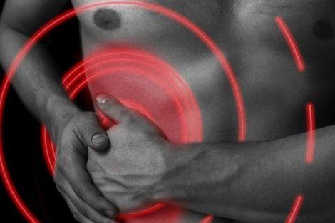 Molestias y dolor en el hígado: síntomas y causas