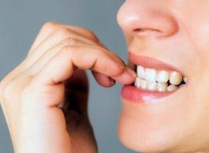 Cómo dejar de comerse las uñas con este remedio casero
