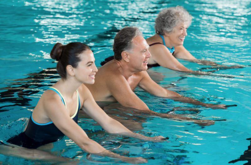 Nadar es útil para adelgazar