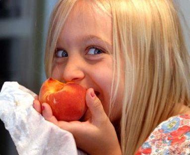 ¿Por qué los niños deben comer frutas y verduras?