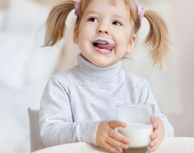 ninos-leche-sin-lactosa