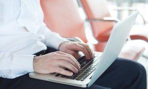 ¿Es malo tener el portátil sobre las piernas? Para el hombre SÍ
