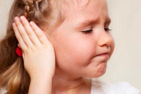 Otitis en el niño: qué es, síntomas, causas y tratamiento