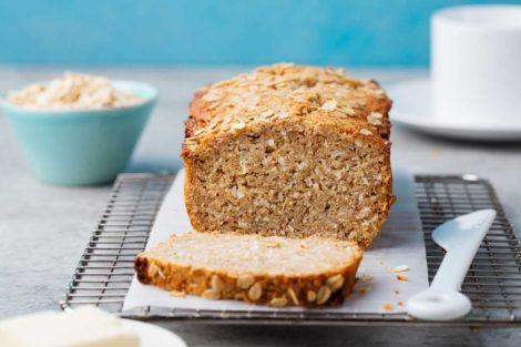 Pan de avena: beneficios y cómo hacerlo en casa (receta)