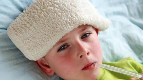 Paños frios con vinagre para la fiebre