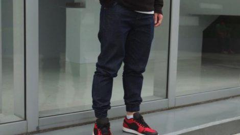 Riesgos de pantalones ajustados en el hombre