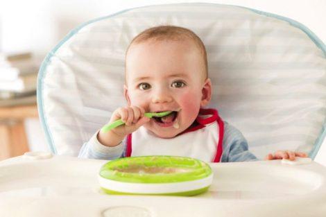 Las papillas, el primer paso para que tu bebé coma sólidos