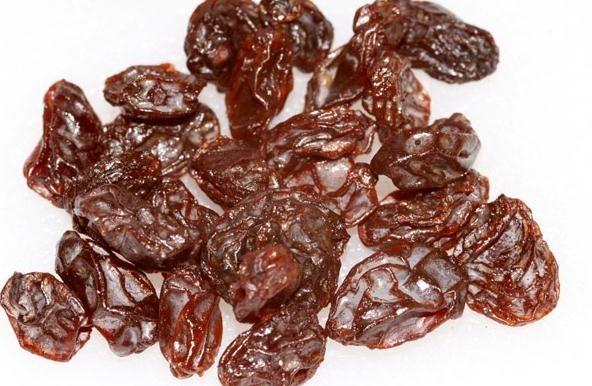 Cualidades de las uvas pasas en el desayuno