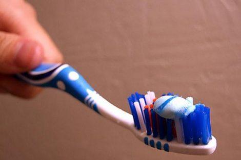 Cómo hacer pasta de dientes casera