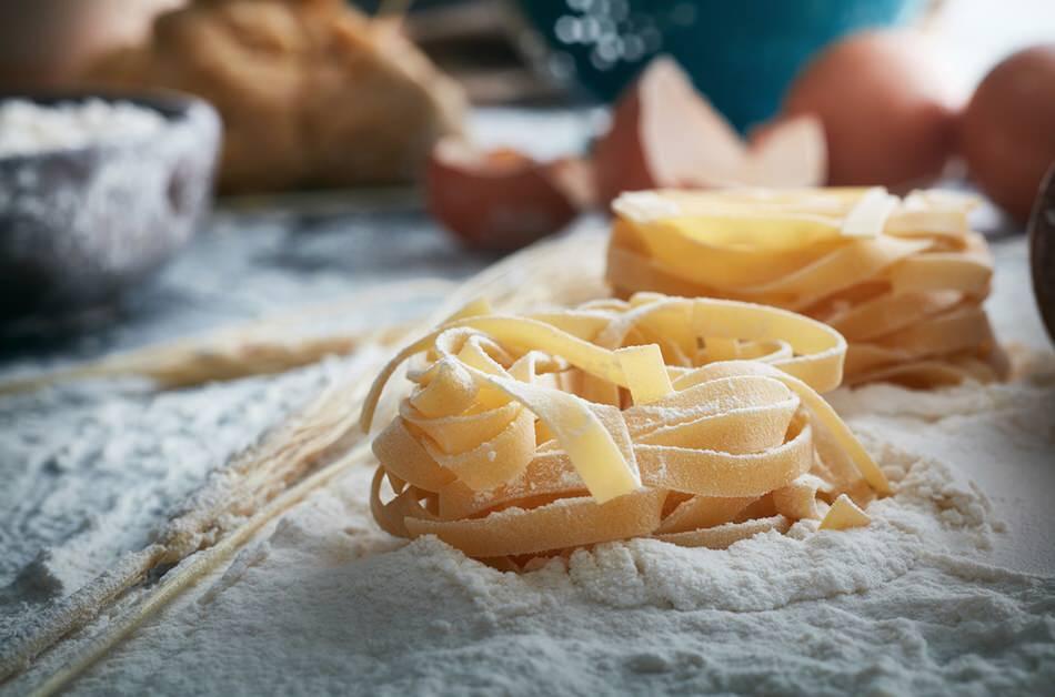 Cómo hacer pasta fresca al huevo