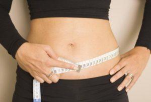 Cómo medir la circunferencia de la cintura y el perímetro cintura/cadera