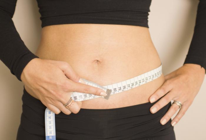 Medir perimetro cintura y cadera