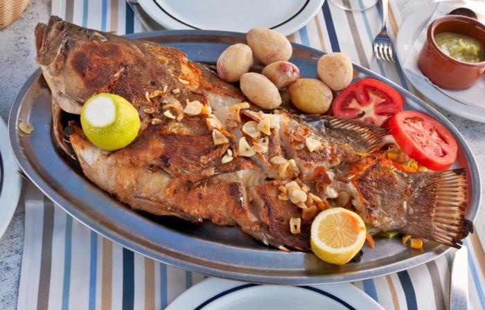 Receta de pescado hervido con mojo