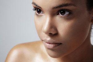 Consejos para piel grasa: cómo cuidarla fácilmente