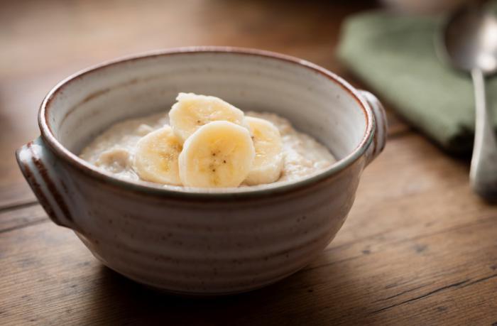 Receta de porridge de avena y frutas
